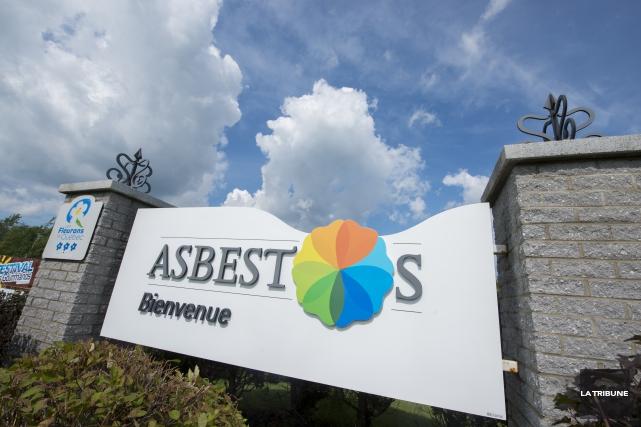 Les projets de l'entreprise Mag One Products dans la région d'Asbestos semblent... (Archives La Tribune, Julien Chamberland)