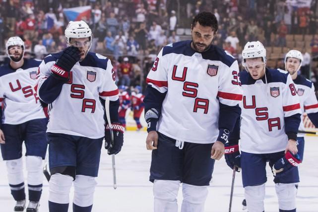 Les membres de l'équipe américaine Dustin Byfuglien, Matt... (Photo Mark Blinch, PC)