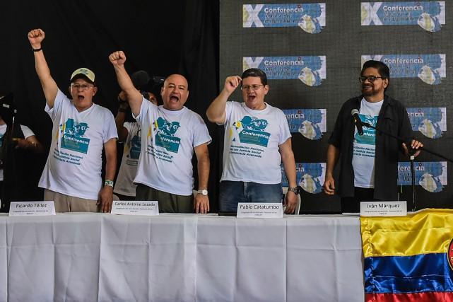 «Les guérilleros et guérilleras (...) ont exprimé leur... (photo LUIS ACOSTA, AFP)