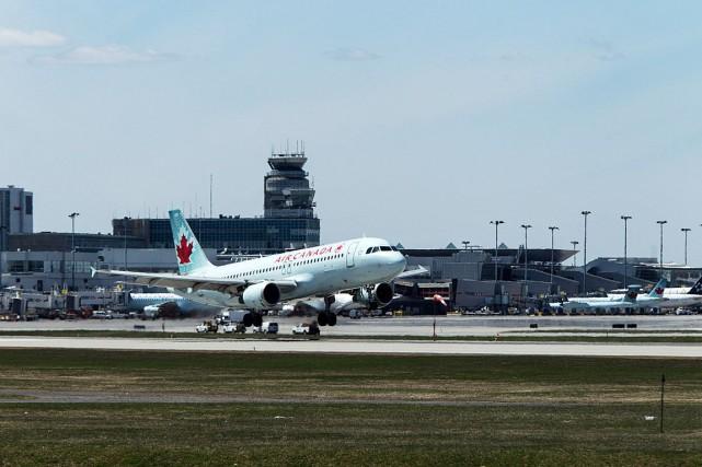 ÉDITORIAL / Le Canada pourrait bientôt compter sur des compagnies d'aviation à... (Archives, La Presse)