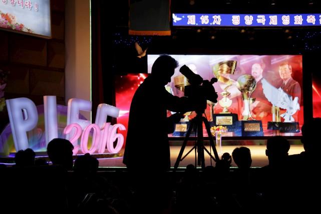 Le Festival international du film de Pyongyangs'est ouvert... (AP, Wong Maye-E)