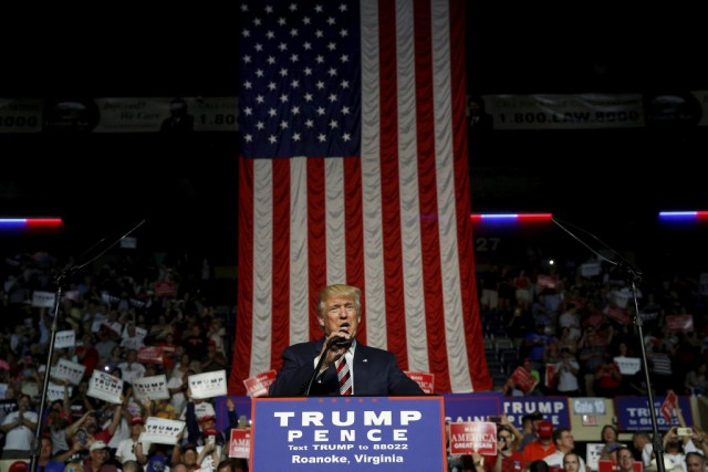 Le candidat républicain Donald Trump était à Roanoke,... (Photo JONATHAN ERNST, Reuters)