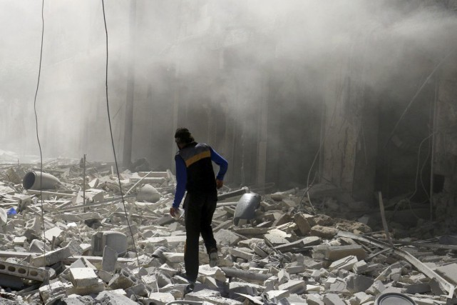Les pays occidentaux veulent tenter de stopper l'offensive... (PHOTO ABDALRHMAN ISMAIL, REUTERS)