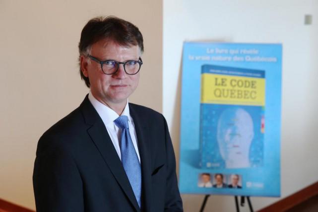 Avec son livre Le code Québec, bâti à... (Photo Martin Chamberland, La Presse)