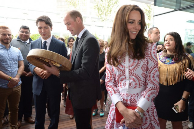 Justin Trudeau a accompagné le coupleprincier lors d'une... (La Presse canadienne)