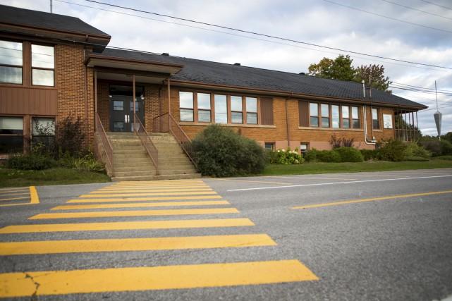 L'école primaire de Notre-Dame-du-Mont-Carmel a besoin d'être agrandie.... (Olivier Croteau)