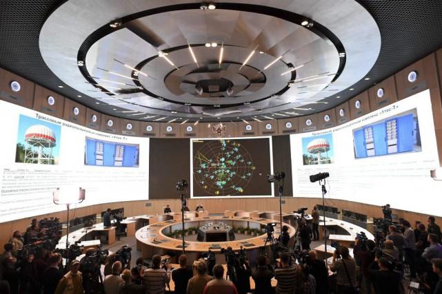 Les autorités russes ont proposé plusieurs théories depuis... (Photo Kirill Kudryavtsev, Agence France-Presse)