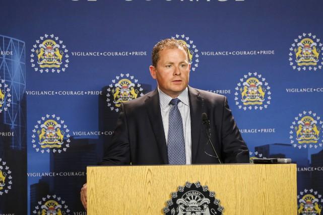 L'inspecteur Don Coleman, de la police de Calgary,... (Jeff McIntosh, La Presse canadienne)