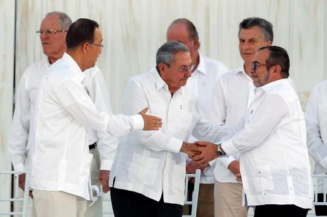 Quinze chefs d'État latino-américains ont assisté à cette... (PHOTO REUTERS)