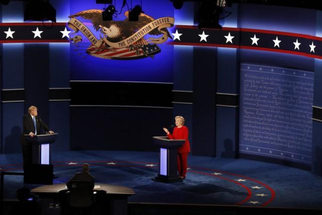 Les deux principaux candidats à la présidence américaine... (Mary Altaffer, Associated Press)