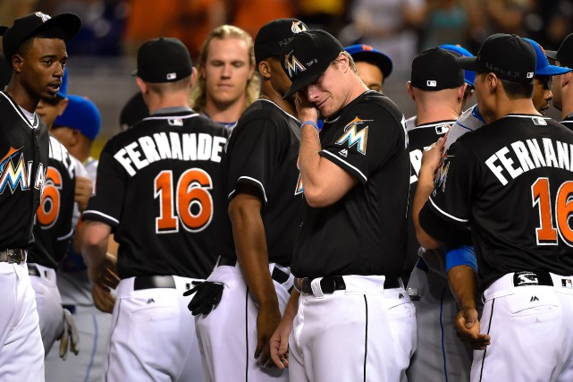 Tous les joueurs des Marlins de Miami portaient... (Photo Steve Mitchell, USA Today Sports)