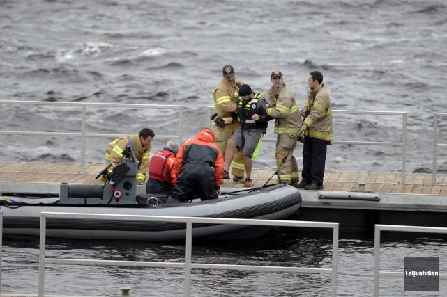 Un randonneur a été secouru par les pompiers... (Photo Le Quotidien, Jeannot Lévesque)