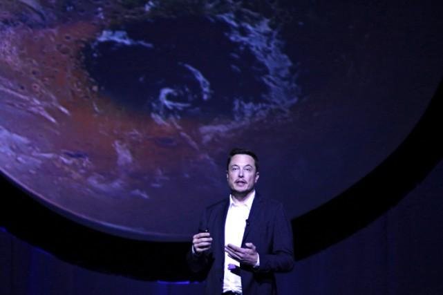 Elon Musk a dévoilé ses plans pour Mars... (PHOTO REUTERS)