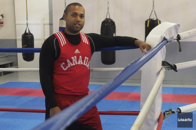 «La boxe, c'est un beau sport. Moi, ça... (Alain Dion, La Voix de l'Est)
