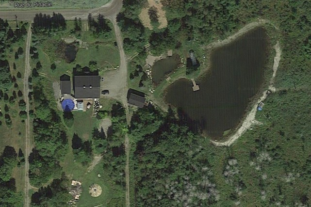 La construction de chemins dans les boisés et... (Capture d'écran tirée de Google Map)