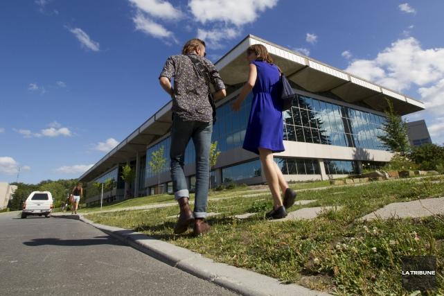 En terminant l'année avec un surplus, l'Université de... (Archives, La Tribune)