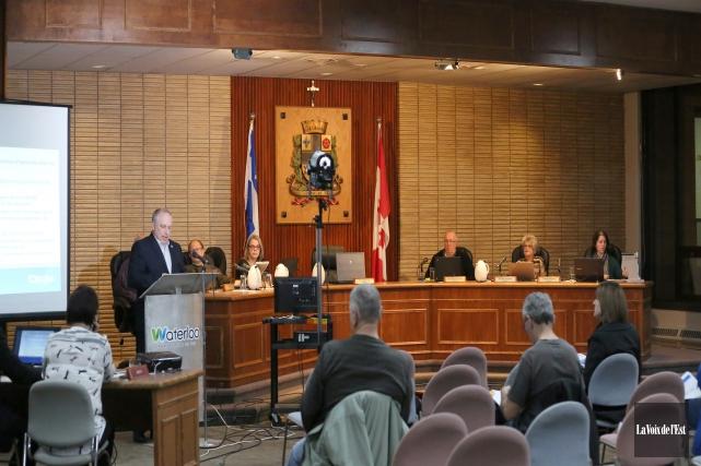 Le conseil municipal de Waterloo... (archives La Voix de l'Est)