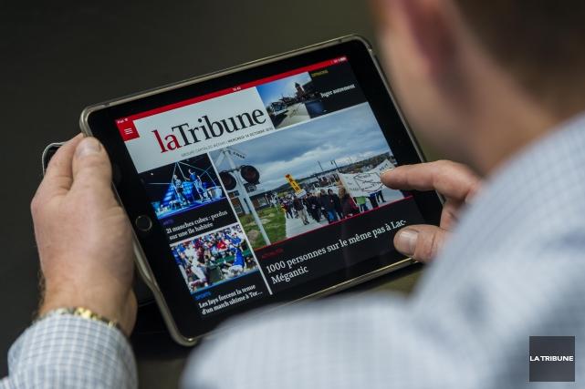 Les éditeurs de plusieurs journaux du Québec se regroupent au sein d'une... (Archives La Tribune, Frédéric Côté)