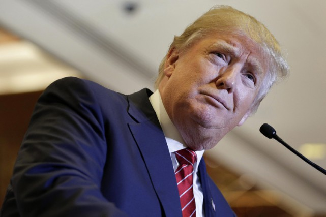 Donald Trump revendique une fortune de 10 milliards... (ARCHIVES AP)