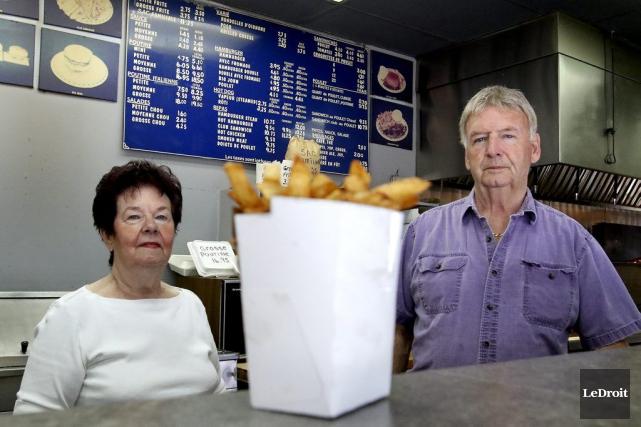 Paul et Yolande Michaud sont propriétaires du Roi... (Patrick Woodbury, LeDroit)