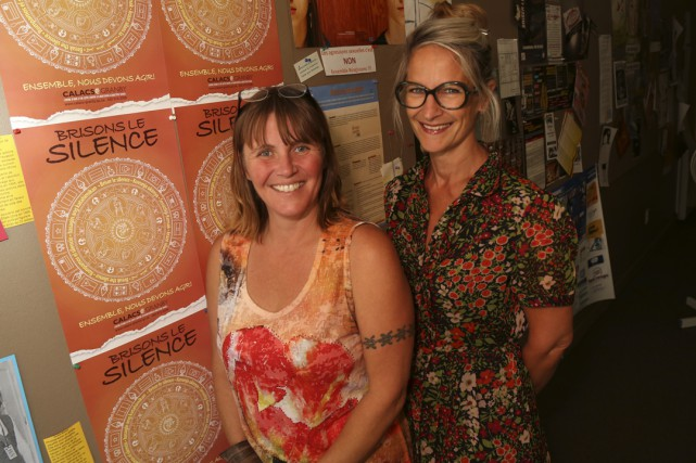 Sophie Labrie et Chantal Brassard, du Centre d'aide... (Photo Janick Marois)