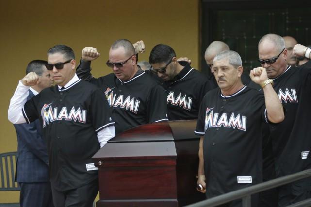 Jose Fernandezest décédé dans un accident de bateau.... (PHOTO Lynne Sladky, AP)