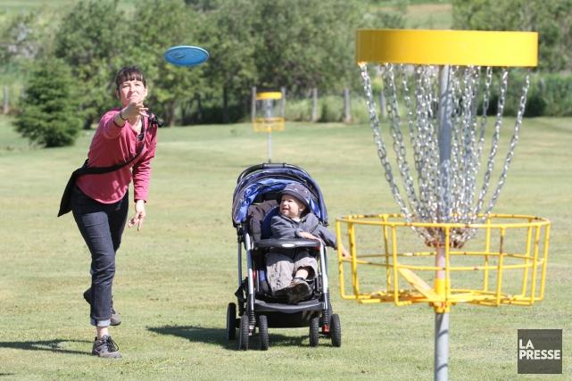 Le projet d'un parcours de disc-golf soutenu par... (Archives, La Presse)