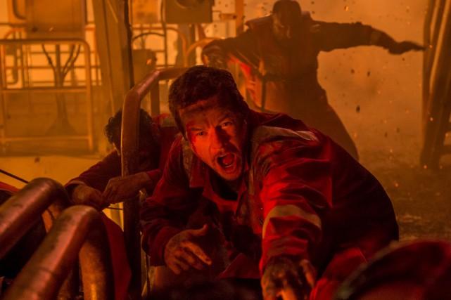 Mike Williams (Mark Wahlberg) et les autres personnes... (Fournie par Remstar)