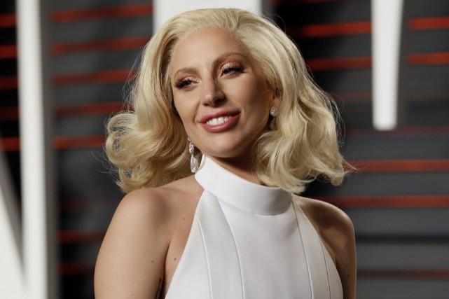 Lady Gaga a chanté l'hymne national américain au... (PHOTO REUTERS)