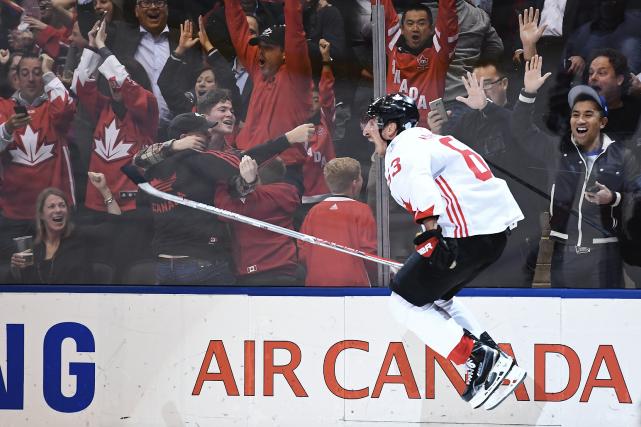 Brad Marchand a inscrit le but vainqueur en... (La Presse canadienne, Frank Gunn)