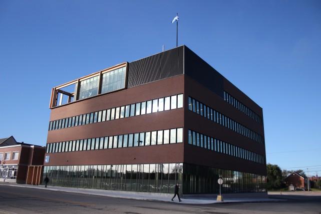 Nouvel édifice de Revenu Québec, boulevard Mellon, Arvida.... (Mélissa Bradette)