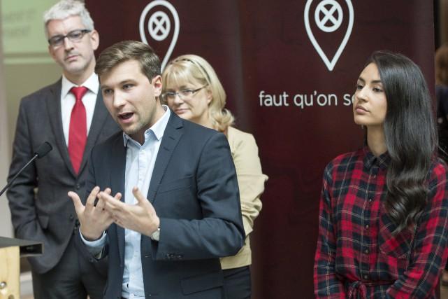Gabriel Nadeau-Dubois, Jean-Martin Aussant, Claire Bolduc, et Maitée... (La Presse canadienne, Ryan Remiorz)