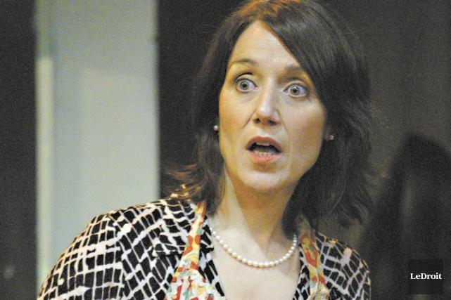 Danielle Grégoire, en 2011, dans la pièce Grace... (Patrick Woodbury, LeDroit)