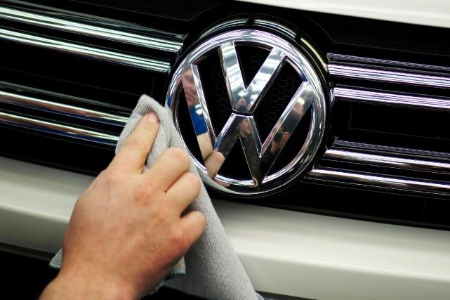 L'accord prévoit un premier paiement par VW correspondant... (PHOTO ARCIHVES AFP)
