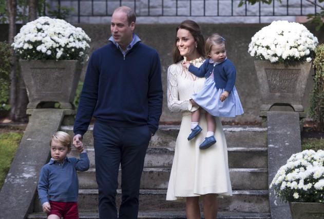Le prince William et Kate en visite au... (THE CANADIAN PRESS)