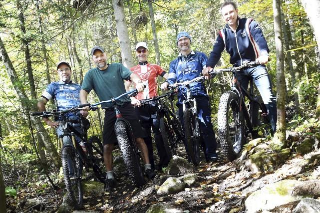 Les nouvelles pistes de vélo de montagne du... (Photo Le Progrès-Dimanche, Rocket Lavoie)