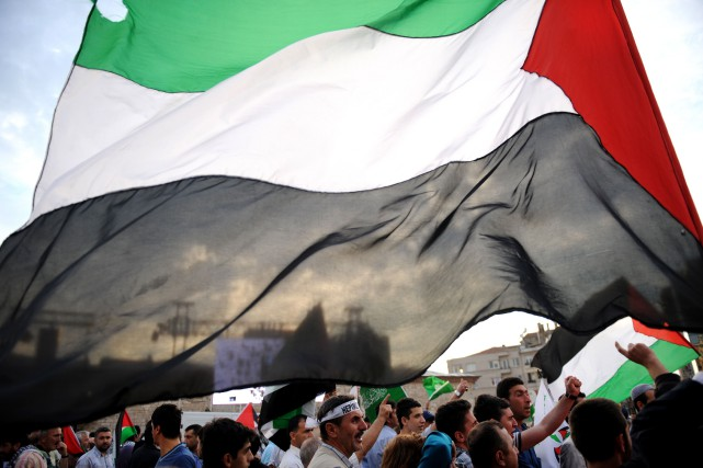 Le drapeau palestinien.... (PHOTO BULENT KILIC, ARCHIVES AGENCE FRANCE-PRESSE)