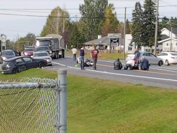 Une motocycliste a perdu la vie samedi après-midi... (Tirée de Facebook)