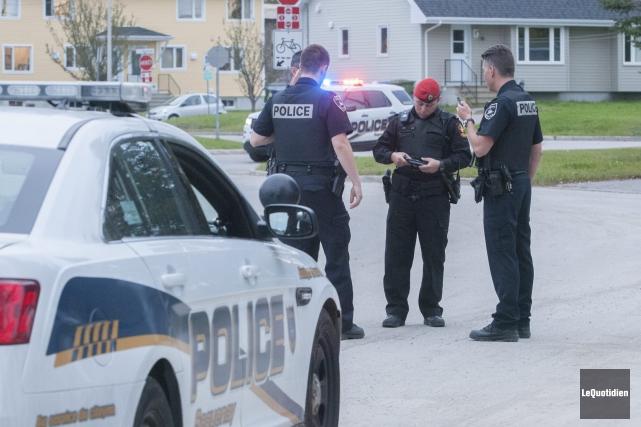 Un homme a été arrêté à son domicile après avoir proféré des menaces de mort.... (Photo Le Quotidien, Michel Tremblay)