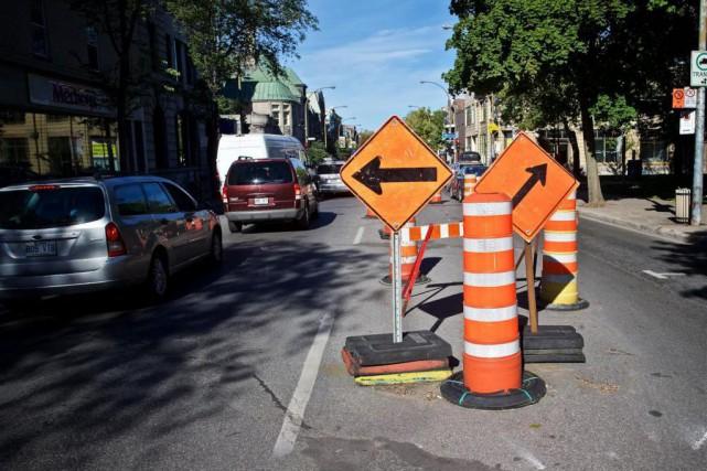 Le chantier à l'angle du boulevard Saint-Laurent et... (Photo André Pichette, La Presse)