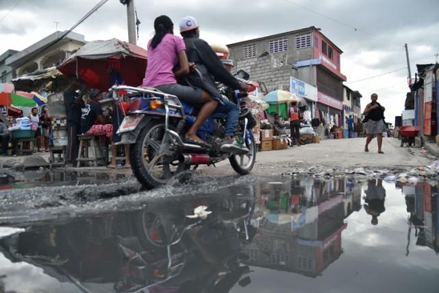 Les consignes de précaution sont parvenues jusqu'aux oreilles... (PHOTO AFP)