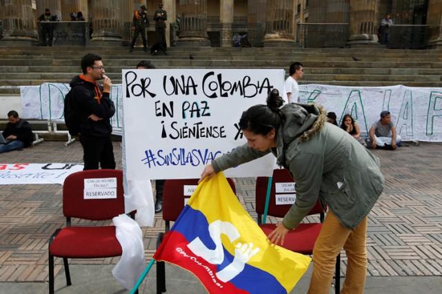 Des étudiants et des partisans de l'accord de... (PHOTO REUTERS)