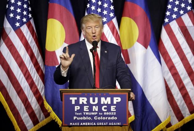 Donald Trump était en campagne au Colorado, lundi.... (AP, John Locher)