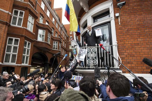 Julian Assange vit depuis quatre ans dans sa... (AFP, Jack Taylor)