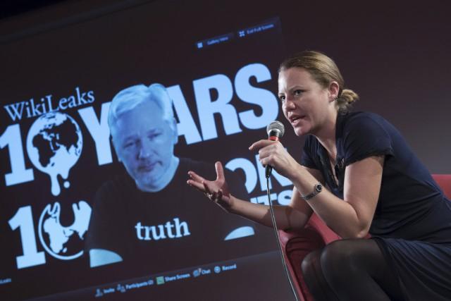 Le fondateur de WikiLeaks, Julian Assange, s'est adressé... (AFP, Steffi Loos)