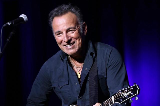 Le chanteur américain Bruce Springsteen raconte notamment, dans... (PHOTO ARCHIVES AP)