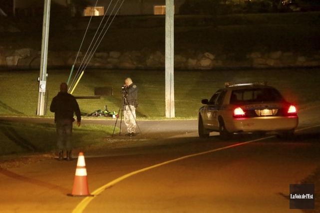 Un motocycliste d'environ quarante ans est décédé mardi... (Julie Catudal, La Voix de l'Est)