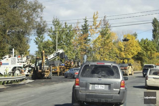 Le ministère des Transports effectue la reconstruction et... (Photo Le Quotidien, Isabelle Tremblay)