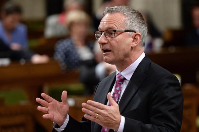 Le porte-parole conservateur en matière d'environnement, Ed Fast,... (THE CANADIAN PRESS)