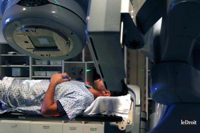 «Prétendre que toute chimiothérapie est une supercherie constitue... (Photo Patrick Woodbury, Archives Le Droit)
